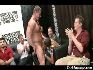 muscled stripper takes whipcream licked gays