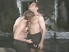 dos tios follando en publico a la noche gay fuck