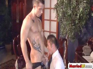 super muscle stud acquires fellatio gay video