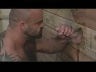very big musclebear has pleasure with gloryhole