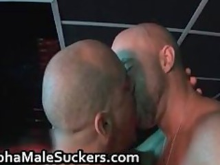 enormously horny gay dudes gangbanging part6