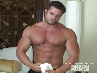 Gay muscle bodybuilders musclehunks jocks video up